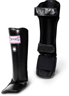 Twins Twins Pro Leather Shin/Instep Guards
